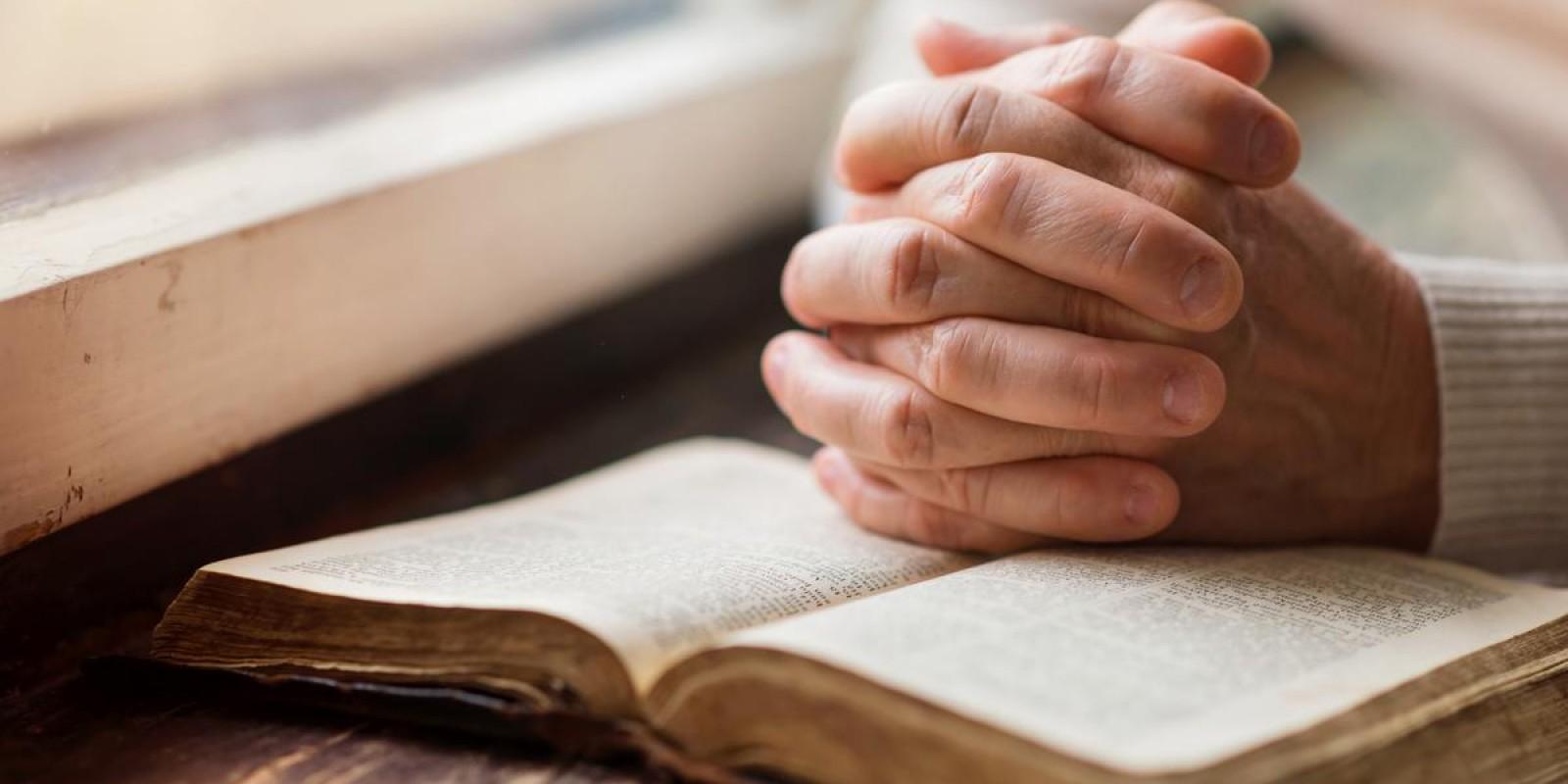 Não busque sua filosofia na bíblia, busque os ensinamentos bíblicos para sua vida. E assim, pense como o Espírito Santo quer